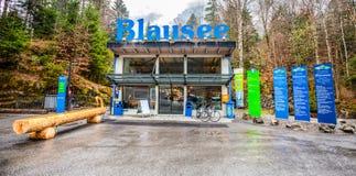 Blausee, Suiza - entrada Imágenes de archivo libres de regalías