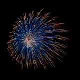 Blauw en oranje vuurwerk Royalty-vrije Stock Afbeeldingen
