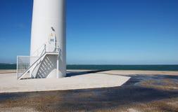 Blauw en wit bij de kust Royalty-vrije Stock Afbeeldingen