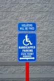 Blauw en wit gehandicapt teken Royalty-vrije Stock Afbeelding