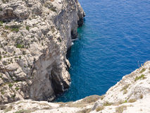 Blauw Grotgebied in Gozo, Malta Stock Foto's