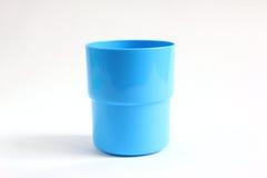 Blauw kleuren plastic glas Stock Afbeeldingen
