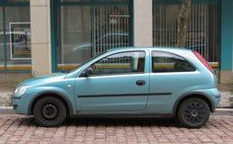 Blauw Opel Corsa Swing Stock Afbeelding