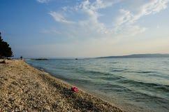 Blauw overzees en strand royalty-vrije stock afbeeldingen