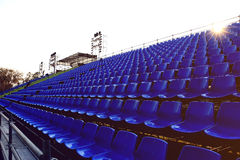 Blauw stoel Tijdelijk stadion Stock Foto's