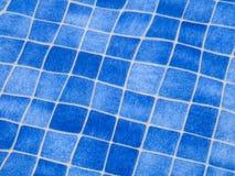Blauw tegelpatroon in zwembad royalty-vrije stock afbeeldingen