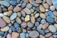 Blauw viooltje overzeese stenen als achtergrond Royalty-vrije Stock Afbeeldingen