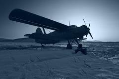 Blauw vliegtuig royalty-vrije stock afbeelding