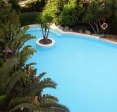 Blauw zwembad Stock Afbeeldingen