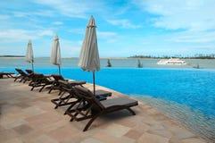 Blauw zwembad royalty-vrije stock afbeelding
