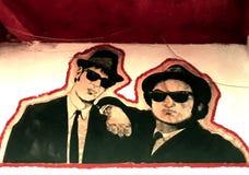 Blauwbroers murales in een bar stock foto