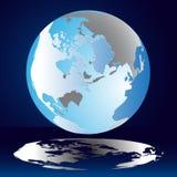 Blauwe Aarde Blauwe bol met de continenten in de lucht Stock Afbeeldingen