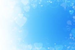 Blauwe abstracte achtergrond met hart. Stock Afbeeldingen