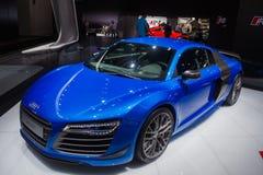 Blauwe Audi-coupé stock foto's
