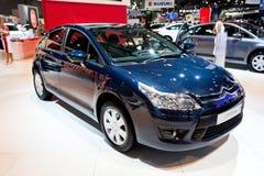 Blauwe auto Citroën C4 Royalty-vrije Stock Afbeeldingen