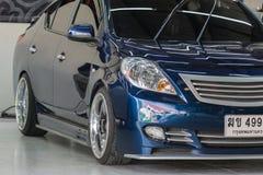 Blauwe autowas Stock Afbeelding