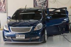 Blauwe autowas Stock Foto's