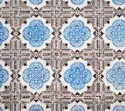 Blauwe azulejos, oude tegels in de Oude Stad van Lissabon, Portugal stock foto's