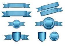 Blauwe Banners met Schild en Rozet Royalty-vrije Stock Afbeeldingen