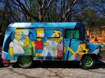 Blauwe bus-winkel van straatvoedsel met grappige beelden Royalty-vrije Stock Foto's