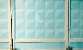 Blauwe concrete omheining Stock Afbeelding