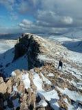 Blauwe de bergenwolk van de hemel witte sneeuw Stock Fotografie