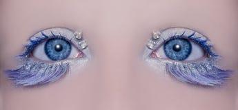 Blauwe de wintermake-up van de oog macroclose-up royalty-vrije stock fotografie