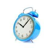Blauwe die wekker op witte achtergrond wordt geïsoleerd Royalty-vrije Stock Afbeeldingen