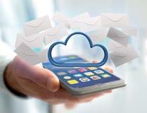 Blauwe die wolk door realistische die envelop e-mail wordt omringd op a wordt getoond Stock Foto
