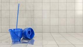 Blauwe emmer met het schoonmaken zwabber Stock Fotografie