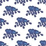 Blauwe en purpere bloemen met takken Stock Afbeeldingen