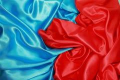 Blauwe en rode Zijdedoek van golvende abstracte achtergronden Royalty-vrije Stock Fotografie