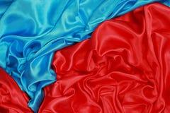 Blauwe en rode Zijdedoek van golvende abstracte achtergronden Royalty-vrije Stock Afbeeldingen