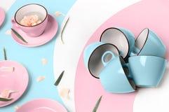 Blauwe en roze koppen op abstracte achtergrond Royalty-vrije Stock Afbeelding
