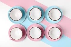 Blauwe en roze koppen op abstracte achtergrond Royalty-vrije Stock Fotografie