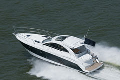 Blauwe en Witte Motorboot Royalty-vrije Stock Foto