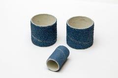 Blauwe geïsoleerde schuurpapier spiraalvormige band Royalty-vrije Stock Foto