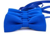 Blauwe geïsoleerde vlinderdas Stock Afbeeldingen