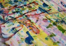 Blauwe gele rode verf, witte was, waterverf abstracte achtergrond Royalty-vrije Stock Foto's