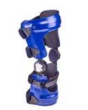 Blauwe gemonteerde kniesteun Stock Fotografie