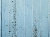 Blauwe geschilderde schuur houten muur Stock Afbeeldingen