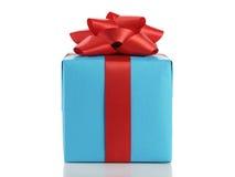 Blauwe giftdoos met rode die lintboog op wit wordt geïsoleerd Royalty-vrije Stock Foto