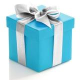 Blauwe giftdoos met zilveren lint Stock Foto