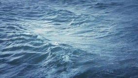 Blauwe golven ruwe overzeese oceaanaard stock videobeelden