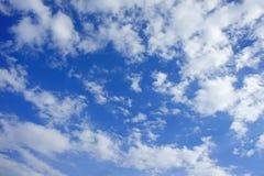 Blauwe hemel backgrond Stock Fotografie