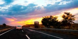 Blauwe hemel en auto Royalty-vrije Stock Foto