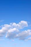 Blauwe hemel en wolken Stock Foto's