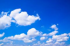 Blauwe hemel en wolkenachtergrond 171022 0062 Stock Afbeelding