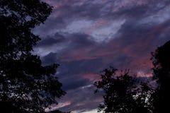 Blauwe hemel met mooie wolken Stock Afbeelding