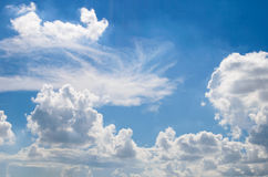 Blauwe hemel met verse lucht royalty-vrije stock foto's
